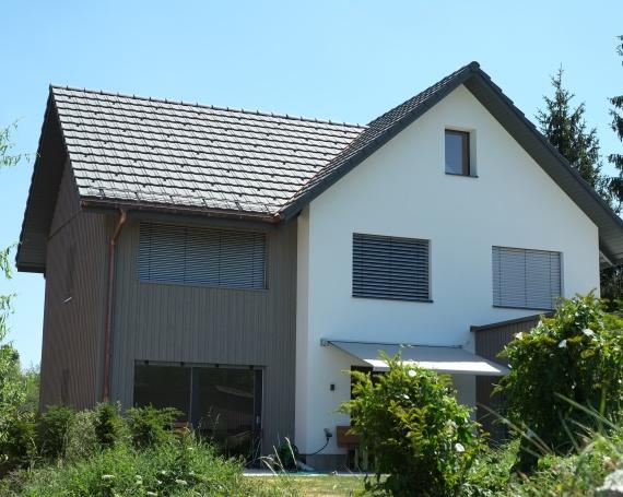 Ersatzbau eines Einfamilienhauses an der Vorderwannwis in Maur