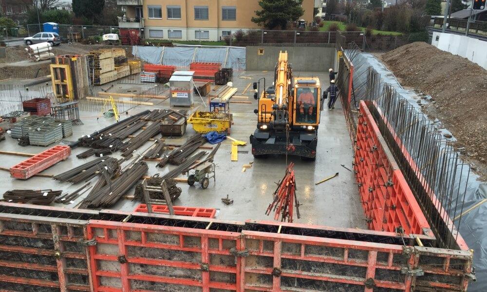 Wohnüberbauung an der Greithstrasse in Rapperswil: Garagenwände werden betoniert